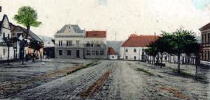 pohlednice náměstí