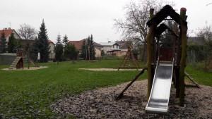 dětské hřiště v Pařezině