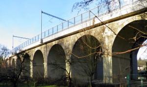Úvalský viadukt Devět kanálů